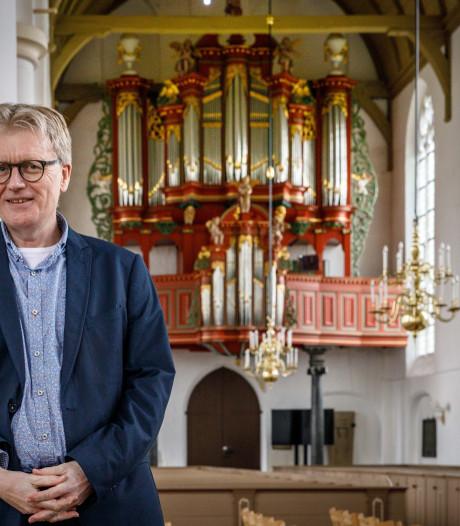 Vollenhovenaar Johan Bredewout nieuwe dirigent Mannenkoor Staphorst