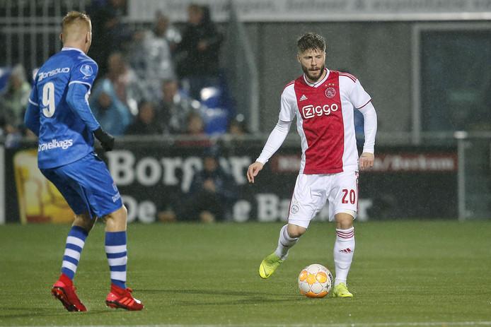Lasse Schöne zaterdag tijdens het duel met PEC Zwolle.