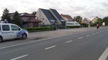Politie schiet op auto die inrijdt op blokkade: drie verdachten gearresteerd