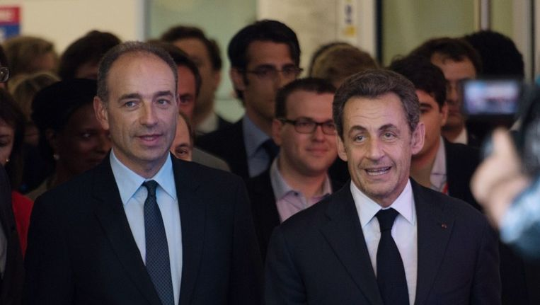 Nicolas Sarkozy met Jean-Francois Cope (rechts). Beeld afp
