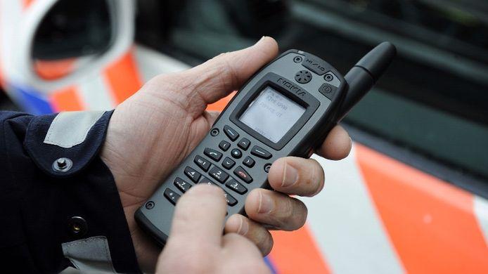 Het nieuwe communicatiesysteem van de politie hapert.