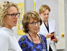 Prinses Margriet brengt werkbezoek aan Roessingh Enschede