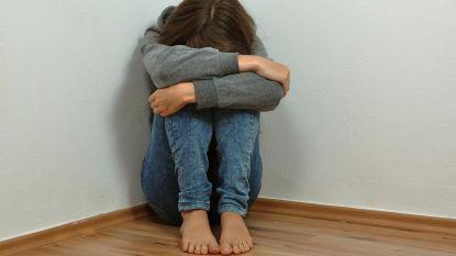 Jaar cel voor zweepslagen met elektriciteitskabel aan dochter