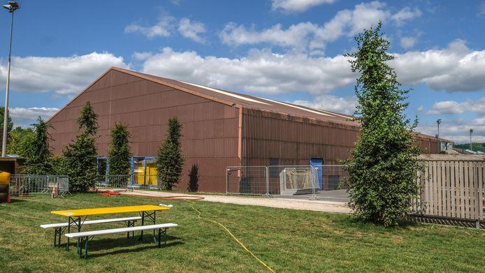 De werking in de sporthal Michelsberg ligt helemaal stil, op het Nieuw Centrum in Spiere.