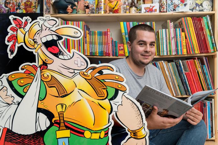 Joep van der Weide gaat een stripbeurs houden in De Witte Zwaan in Berlicum. Hij heeft dertig striptekenaars uitgenodigd voor de beurs, waaronder tekenaar Dikmans uit Boxtel.