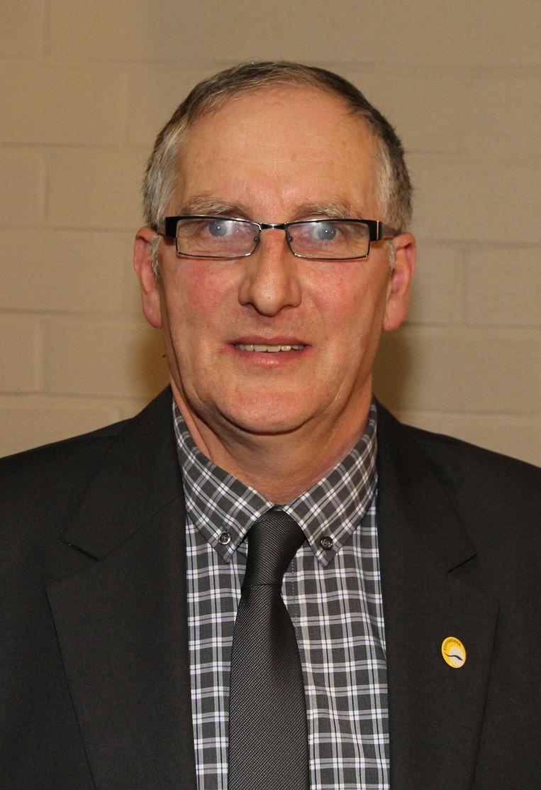 Burgemeester Dirk Sioen ligt opnieuw onder vuur.