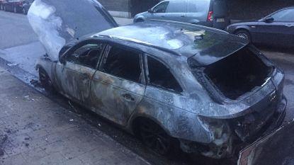 Audi A4 van bekende drugscrimineel brandt uit in Borgerhout