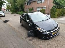 Voorwiel breekt af van auto in Sprang-Capelle tijdens het rijden