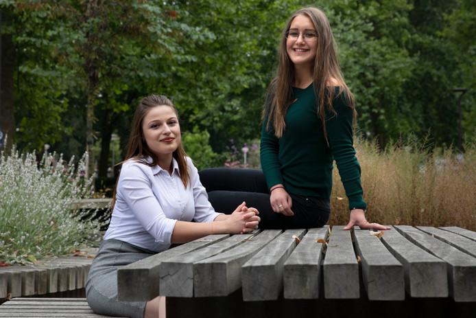 De Bulgaarse Yoanna Borisova (links) en de Roemeense Cristina Burlacu.