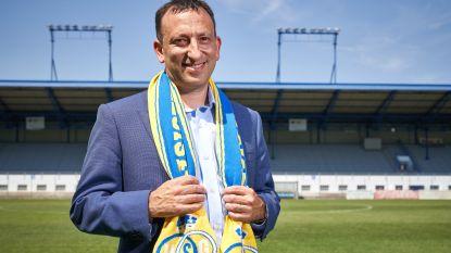 """Gokmiljardair Bloom bezoekt voor het eerst aankoop Union: """"Eén kans op acht voor promotie? Da's maar magertjes"""""""