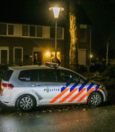 Gewapende woningoverval in Paulus Potterlaan Helmond, bewoners vastgebonden met tie wraps