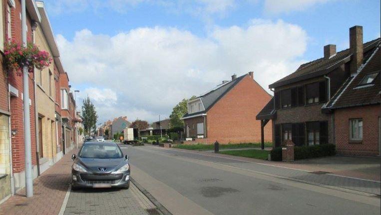 De straat waar de oplichting plaatsvond in Komen (Comines).