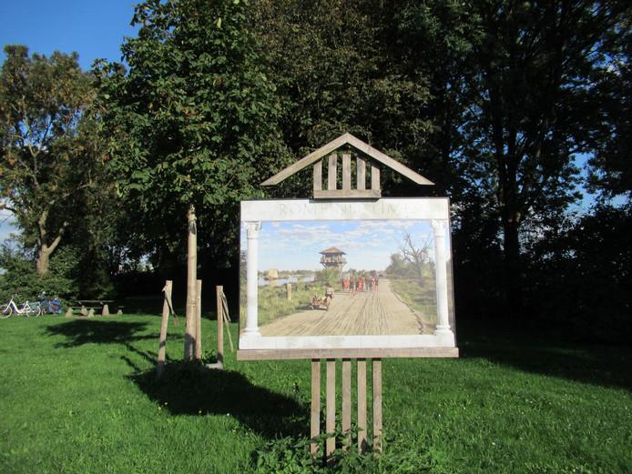 De Limesroute is samen met vier internationale fietsroutes genomineerd voor te titel Fietsroute van het Jaar 2019. Op de foto een bord in Woerden.