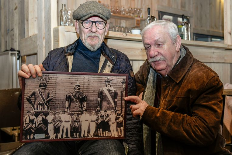 Jean-Pierre Buggenhout deelt de vreugde om de unieke foto uit de jaren dertig die hij op de kop kon tikken met vriend Miel Ravijts.