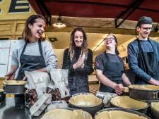 Horecazussen Anne en Femke kregen liefde voor koken met paplepel ingegoten
