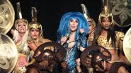 Een arsenaal hits, heel veel kledingwissels en een shoutout naar Gert Verhulst: zo pakte Cher het Sportpaleis in