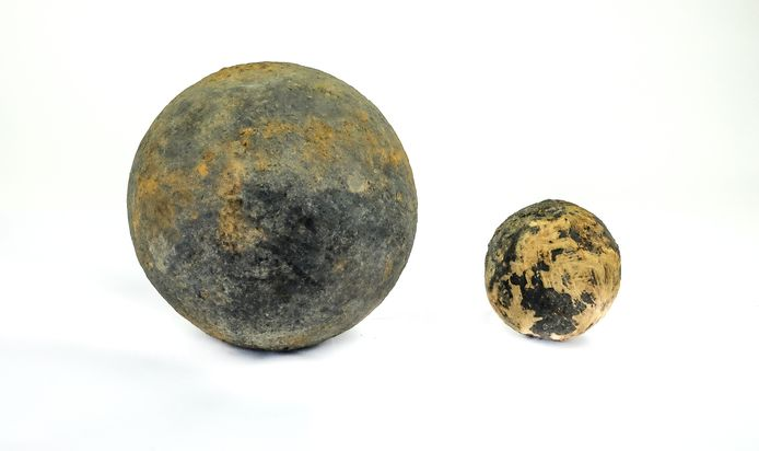 Kogels, gevonden bij Fort Nassau.