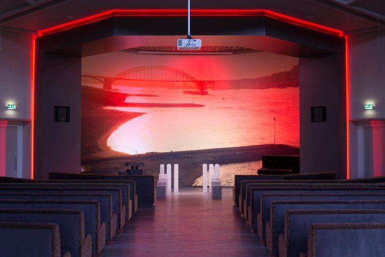 Er bleek nog veel meer mogelijk: kleuren combineren of lichtstroken aan- en uitzetten Beeld Adrius Kriauciunas