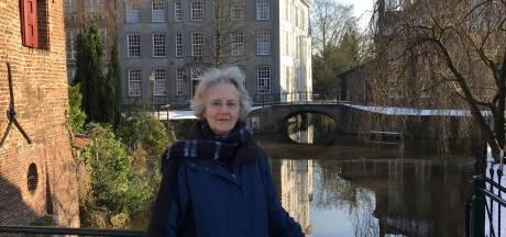Helen was Amerikaanse, woonde in Amersfoort, sprak Russisch én leidde de Clintons door Nederland