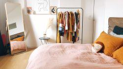 Dankzij deze simpele truc blijft je slaapkamer ordelijk