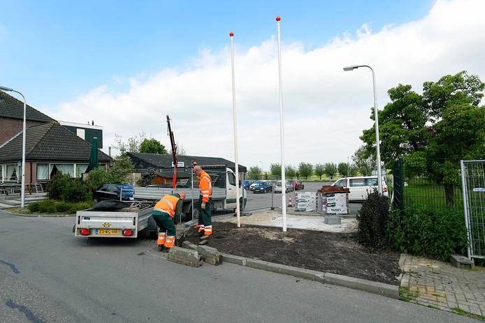 Werkzaamheden op de plek waar zaterdag het motorblok komt.