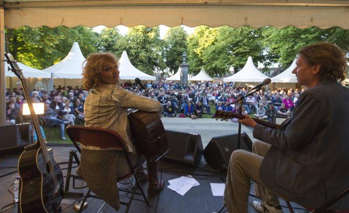 Leoni Jansen tijdens haar optreden op Pastorale.