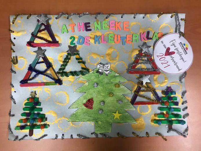 Inwoners van Tongeren hebben kerst- en nieuwjaarskaartjes gemaakt voor de bewoners van de woonzorgcentra.