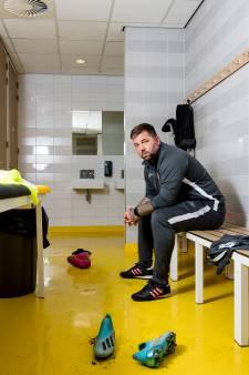 Rauwe Ernemmer Theo Janssen als rolmodel: 'Ik wil trainer zijn, dus ik duik de boeken in'