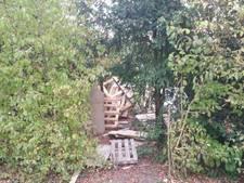 Nieuwe boomhut Poortwijk al direct vernield