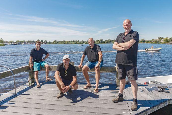 Organisatie Vaar-In in Belt-Schutsloot. (l-r) Bjorn Glas, Kevin Koning,Gert Stam, Jan Schaap zijn klaar voor de eerste activiteit op zaterdag.
