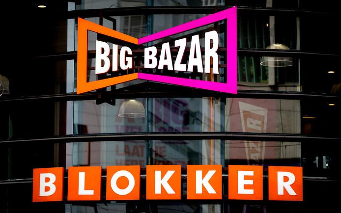 Exterieur van Blokker en Big Bazar.