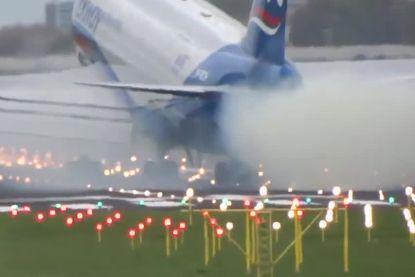Boeing 747 maakt bijzonder harde landing op Schiphol