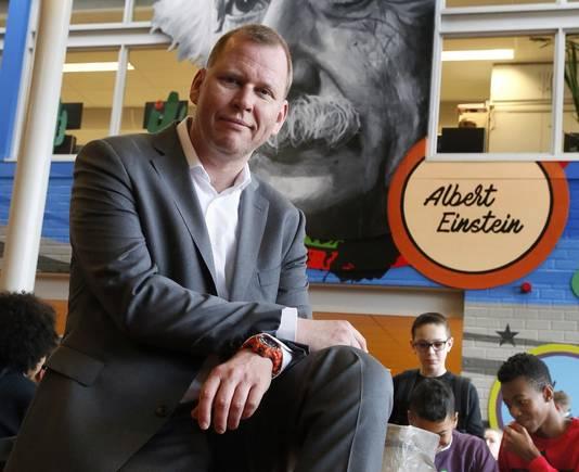 Rector Eric van 't Zelfde van Lyceum Oudehoven.