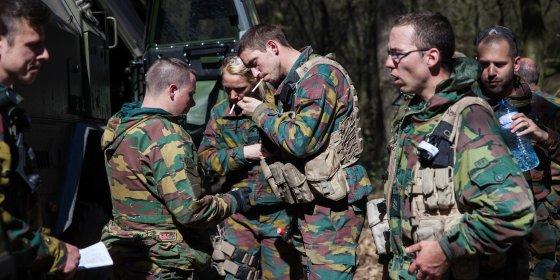 Leger werft 2.035 militairen en 150 burgers aan