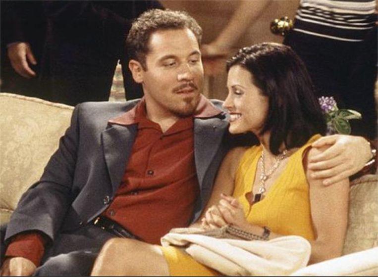 Jon Favreau als Pete, het rijke liefje van Monica in 'Friends'
