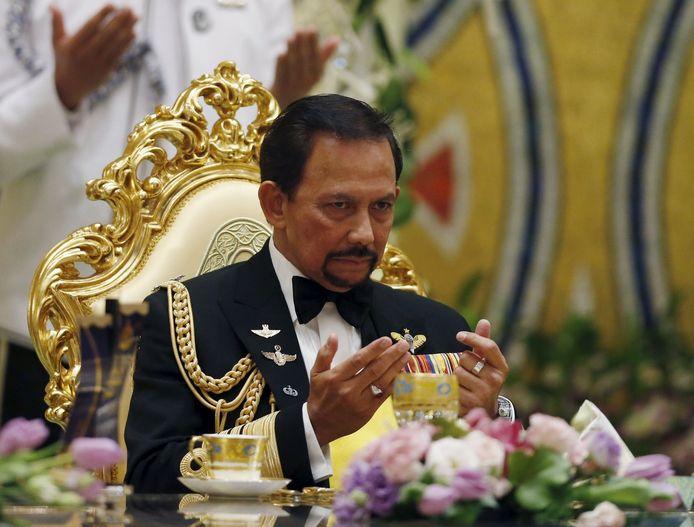 Sultan Hassanal Bolkiah spreekt de zege uit tijdens het bruidsbanket.