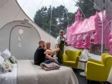 Bubbel-hotel, roze kerk en bomvolle Spoorzone: 452ste kermis moet knallen