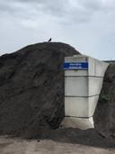 Een van de vele soorten compost die Van Berkel in Uden maakt.