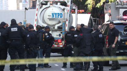 """Golf van bompakketten schrikt VS op. Explosieve post voor Clintons, Obama's en anderen onderschept, CNN-gebouw ontruimd: """"Terreurdaad"""""""