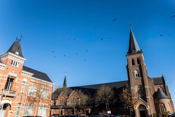 Het stadsbestuur van Heusden-Zolder denkt na over de toekomst van haar parochiekerken en vraagt daarom ook de mening van haar inwoners via een (online) bevraging.
