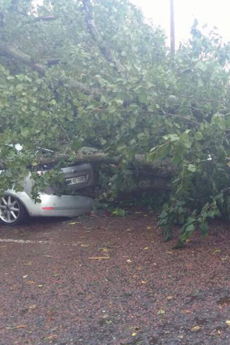 Melanie (20) uit Emmeloord was in Cork tijdens orkaan: 'De Ieren maakten zich niet zo druk'