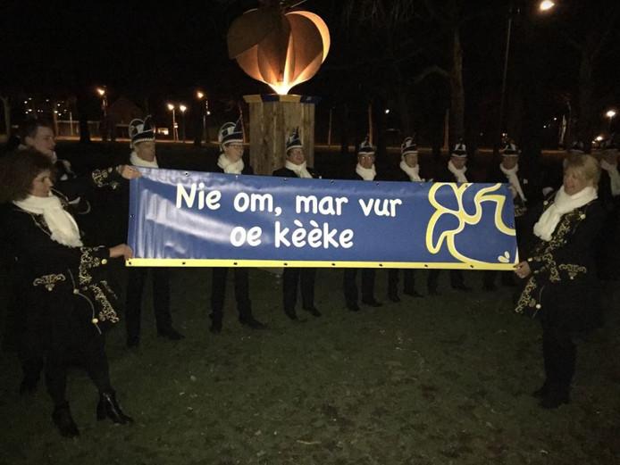 Het nieuwe motto van carnaval Berkel-Enschot 2019.