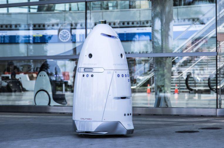 Een veiligheidsrobot van Knightscope. De droid duikt op verschillende plaatsen in de Verenigde Staten op zoals in winkelcentra en op parkeerterreinen.