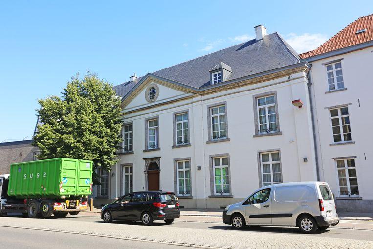 Het statige Zwartzusterklooster dateert van de achttiende eeuw.