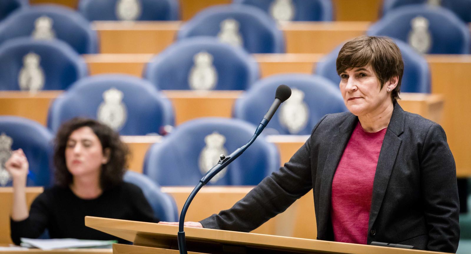 Archiefbeeld: Lilianne Ploumen (pvda) tijdens een plenair debat in de Tweede Kamer