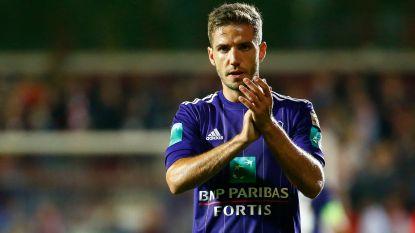 """FT België (28/3). Vranjes' nachtje in gesloten centrum """"storm in glas water"""" -  AA Gent stelt Jan Van den Bergh voor - Chipciu straks terug bij Anderlecht?"""