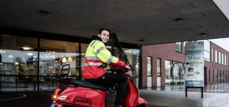 Levens redden is de roeping van Jesse (18): 'Ik spring op mijn scooter als er een reanimatie nodig is'