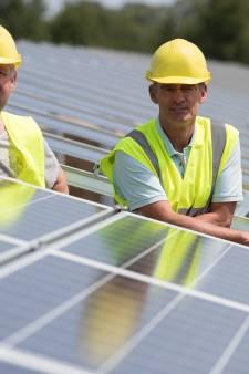 'Elk dorp in de gemeente Raalte verdient een eigen zonnepark'