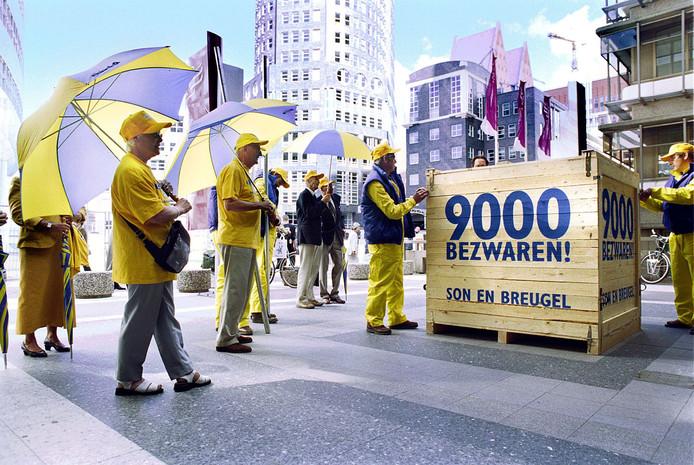 De schatkist met 9000 bezwaren tegen annexatie van Son en Breugel.