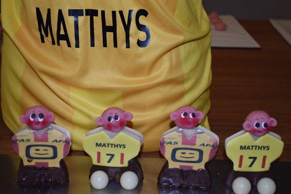 Wie een marsepeinen Tim Matthys koopt, maakt kans op de chocoladen beker.